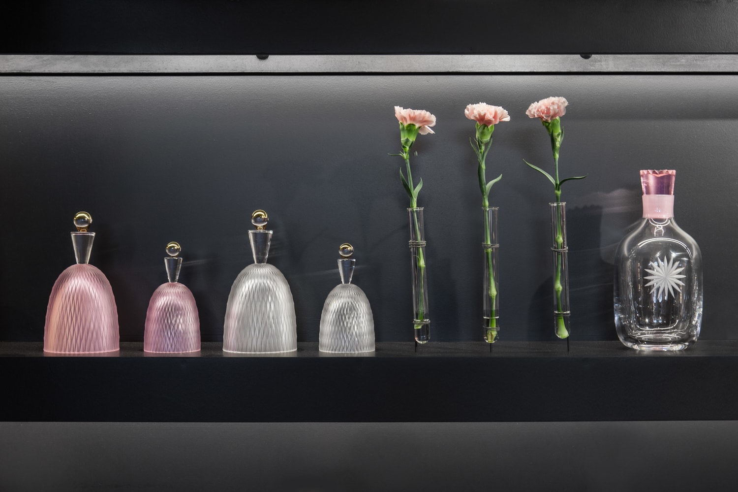 The exhibition stand forRückl Crystal at Prague International Design Festival, DesignBlok 2017. The first shot, the first presentation of the new, the re-branded Rückl. The installation is inspired by a traditional Bohemian shooting range.Rücklis the Bohemian glass factory, founded in 1846 in Nižbor, specialized on glassware. Designed by Jiri Krejcirik in cooperation with Rony Plesl.