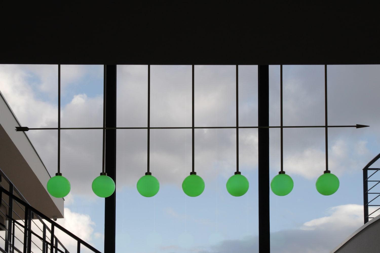 lighting-object-chandelier-arrow-site-specific-design-illumination-unique-svitidlo-lustr-svetelny-objekt-rony-plesl-jiri-krejcirik-10lighting-object-chandelier-arrow-site-specific-design-illumination-unique-svitidlo-lustr-svetelny-objekt-rony-plesl-jiri-krejcirik-10