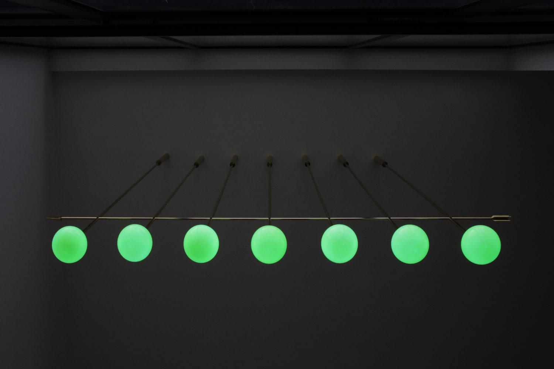 lighting-object-chandelier-arrow-site-specific-design-illumination-unique-svitidlo-lustr-svetelny-objekt-rony-plesl-jiri-krejcirik-13